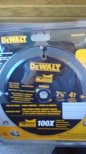 DEWALT 7-1/4-in 4-Tooth Diamond Circular Saw Blade For Fiber Cement for Sale in Scottsdale, AZ