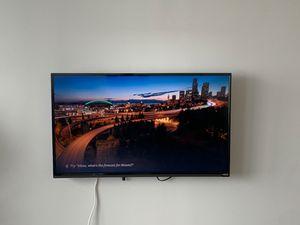 40-inch Vizio Smart TV for Sale in Chicago, IL