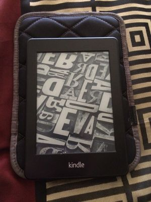 Kindle with case for Sale in Fresno, CA