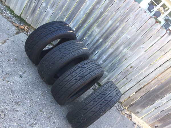 NEARLY NEW GREAT TREAD SET OF 4 CAR TIRES!
