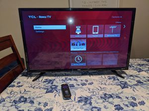 TCL 32 inch LED Roku Smart TV with remote for Sale in Maitland, FL