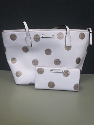 Kate spade tote with matching wallet for Sale in Palmdale, CA