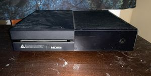 Xbox One comes with chords for Sale in North Haven, CT