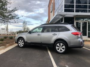 2011 Subaru Outback limited elite editions for Sale in Buford, GA