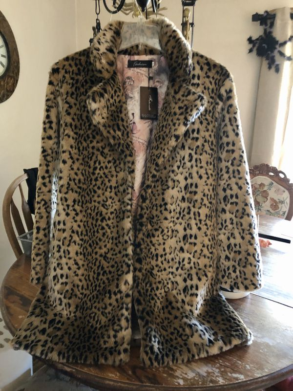 New faux fur Leopard Jacket with tags Size XXL runs small Approx . Large NEW