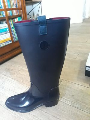 Super CLASSY Tommy Hilfiger Rain Boots for Sale in Miami, FL