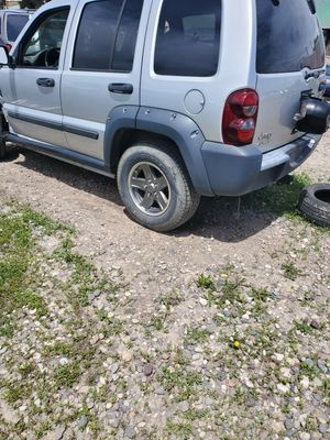 PARTING OUT 2005 JEEP LIBERTY 3.7L AUTOMATIC 4X4 for Sale in Idaho Falls, ID