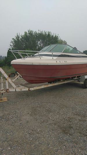 Free drive line worth a couple hundred bucks and a trailer free, but must take the boat first come first serve. for Sale in East Wenatchee, WA