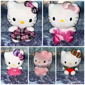 "Five Sanrio Hello Kitty 9"" plush set collection. for Sale in Bellflower, CA"