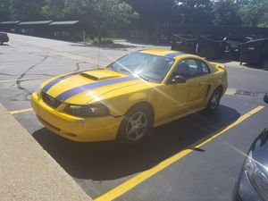2004 Ford mustang for Sale in Grand Rapids, MI