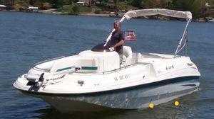 Larson boat for Sale in Moneta, VA