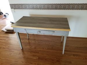 Antique Desk. for Sale in Camp Springs, MD