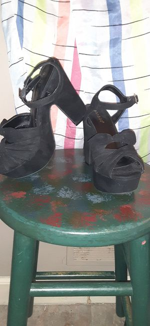 Women's BAMBOO heels size 6 for Sale in Winston-Salem, NC