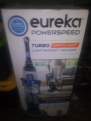 Eureka vacuum cleaner for Sale in Fontana, CA