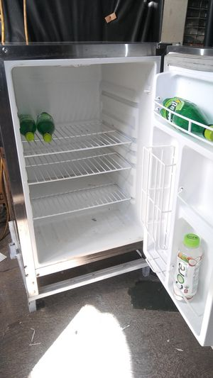 Refrigerador Stainless steel for Sale in Los Angeles, CA