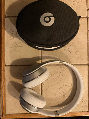 Beats solo 3 wireless for Sale in Orient, OH