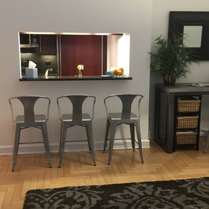 Tabouret Bar Stools Silver With back Set Of 4 for Sale in Utica, MI