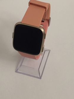 Fitbit Versa - Coral (Small) for Sale in Brooksville,  FL