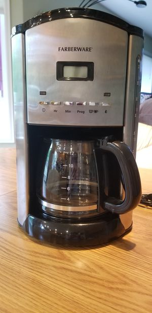 Farberware Coffee Maker 12 Cup for Sale in Bothell, WA