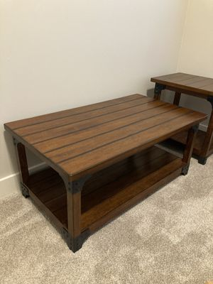 Coffee table with 2 end tables for Sale in Harrison, TN