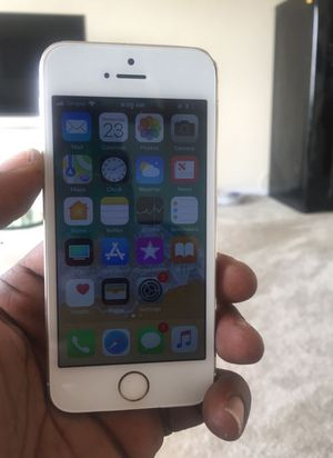 iPhone 5S. 16GB, Factory Unlocked & Usable for Any SIM Any Carrier Any Country for Sale in Springfield, VA