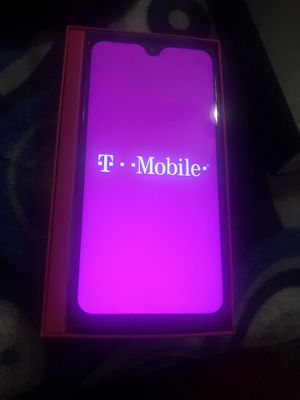 T-Mobile revial 2 plus new blacklisted for Sale in Long Beach, CA