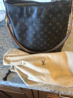 100% Authentic Louis Vuitton Looping Purse Handbag for Sale in Golden, CO
