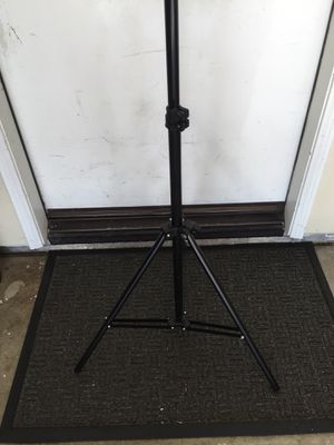 Strobe light stand 6.5 ft max height for Sale in Murrieta, CA