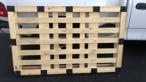 Wood pallet for Sale in Mesa, AZ