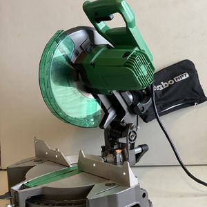 "Hitachi C10FCG 15-Amp 10"" Single Bevel Compound Miter Saw for Sale in Forney, TX"