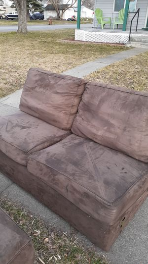 3 piece brown sectional.. lounger, that hooks on to the other 2 peices.. not junk. It's out on my curb.. 1901 e Cataldo.. .any questions msg me for Sale in Spokane, WA