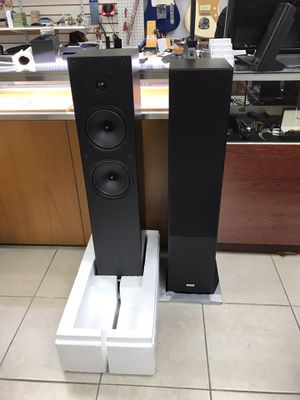 Onkyo SKF-4800, 2-Way Bass Reflex floor Standing Speakers. Mint Condition for Sale in Hollywood, FL