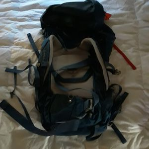Camping and hiking backpack for Sale in San Diego, CA