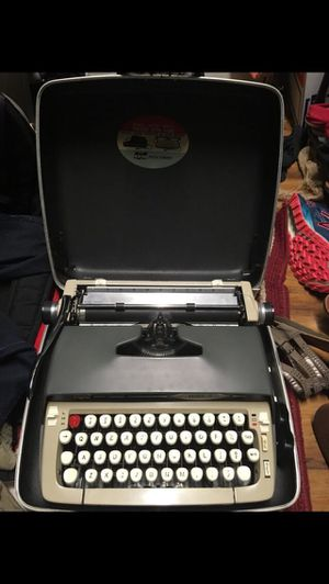 Galaxie 2 Typewriter for Sale in Pike Road, AL