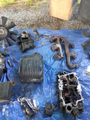 CHEVY 350 AND 4.3L MOTOR PARTS GOOD CONDITION $75 for Sale in Mount Juliet, TN