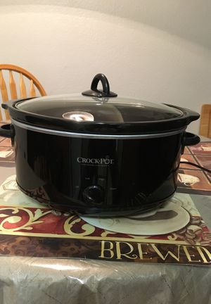 Large oval Crock*Pot for Sale in Phoenix, AZ
