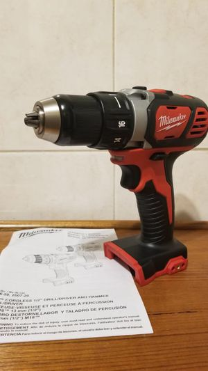 Milwaukee m18 taladro NUEVO!!! Milwaukee m18 drill NEW!!!! for Sale in Chicago, IL