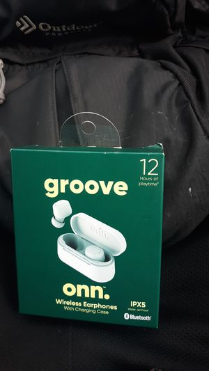 Groove on. Bluetooth headphones for Sale in Newport News, VA