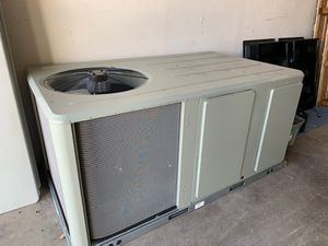 7 1/2 Ton commercial AC with less then 3 monthes use on it for Sale in Spring, TX