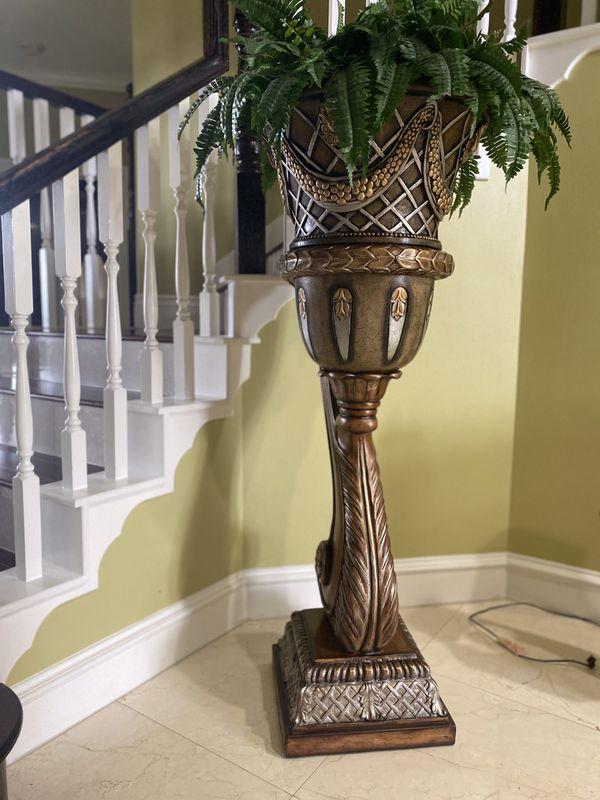 Fake Plant Decor (FIXED PRICE)