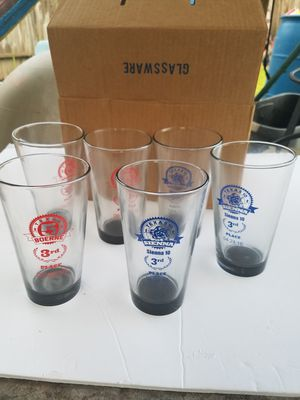 box of 6 collectible glasses of Texas 10 series for Sale in Houston, TX