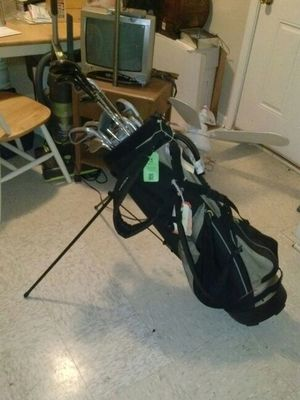 Golf bag & clubs for Sale in Raleigh, NC