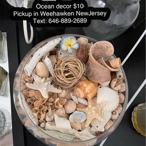 Candle bar holder $15 Candle bar $5 Decor plant $5 Electric candle fragrance melter $10 Vase $5 Vase $10 Ocean decor $10 Food slicer, party tray for Sale in New York, NY