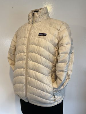 Patagonia women's light puffy jacket, size M for Sale in Everett, WA