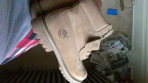 Size 9 Naked Timberland for Sale in Pittsburgh, PA