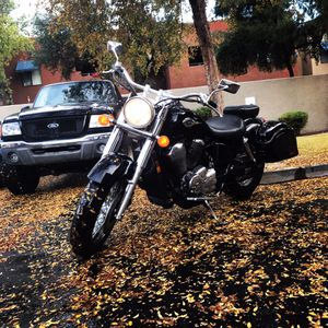 2001 Honda Shadow ACE 750 motorcycle for Sale in Gilbert, AZ