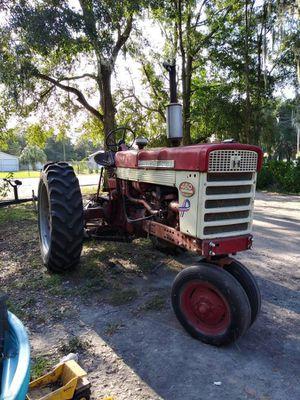 Farmall Tractor for Sale in Mulberry, FL