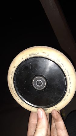 Scooter wheel for Sale in Prineville,  OR