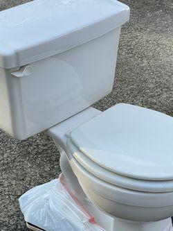 Free Toilet for Sale in Marietta,  GA