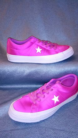 Converse One Star Athletic Shoe for Sale in San Angelo,  TX